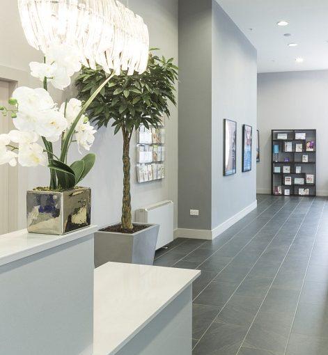 Laser Skin Clinic Desk